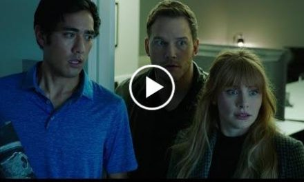 Jurassic World: Fallen Kingdom – Trailer Thursday (Zach King Trailer Tease) (HD)