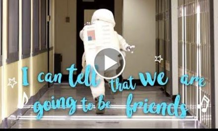 Wonder (2017 Movie) Lyric Video – Were Going To Be Friends by The White Stripes