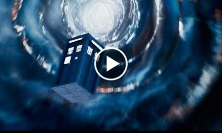 Escaping in the First Doctor's TARDIS – Christmas Special Preview – Doctor Who – BBC HD