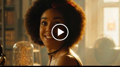 The Doctor Meets Bill For The First Time – The Pilot – Doctor Who – BBC