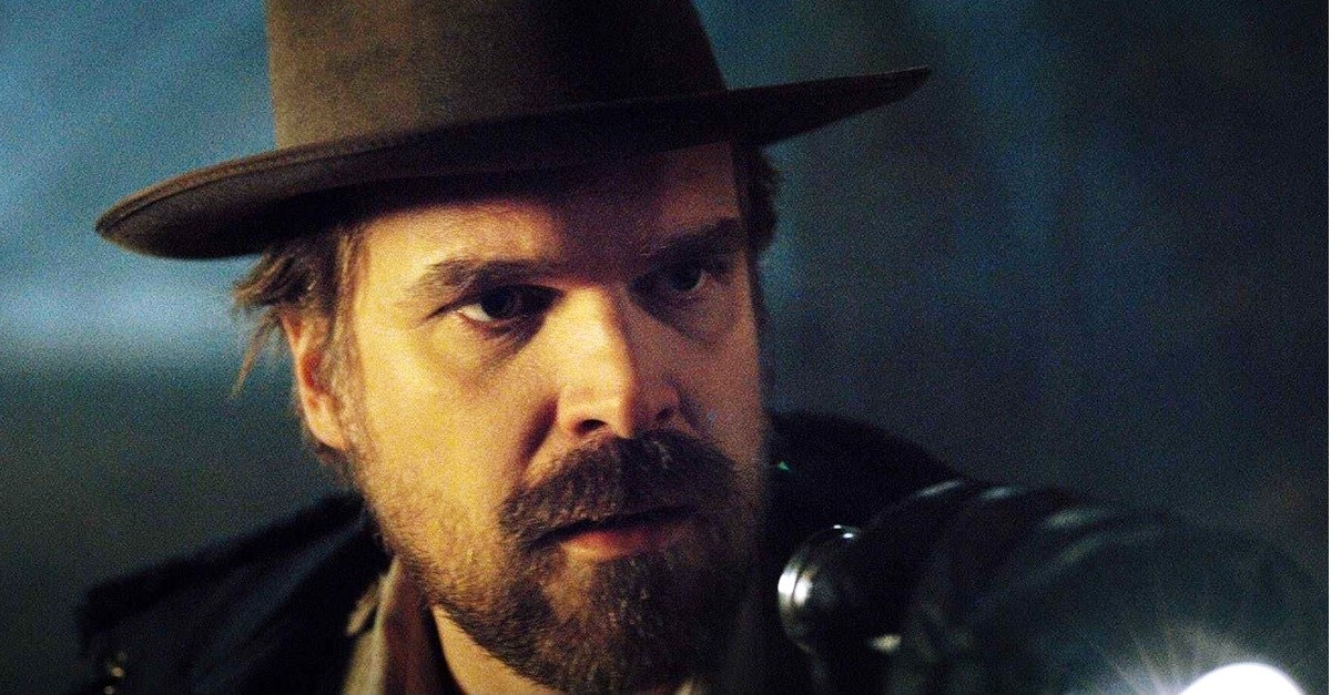 David Harbour Says He Knows When STRANGER THINGS Will End