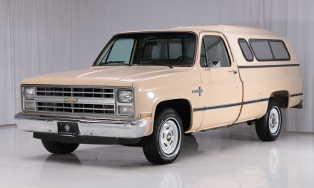 This 1985 Chevrolet C10 Scottsdale Is So Satisfyingly Clean