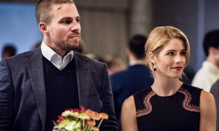 Oliver and Felicity Will Star in a Documentary in Arrow's 150th Episode