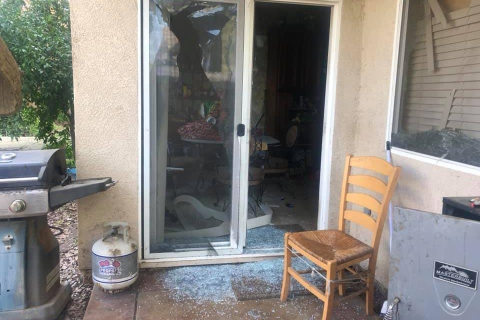 Elderly Couple Sleeping in Car Outside Roseville Home Damaged during Police Standoff – KTXL FOX 40 Sacramento