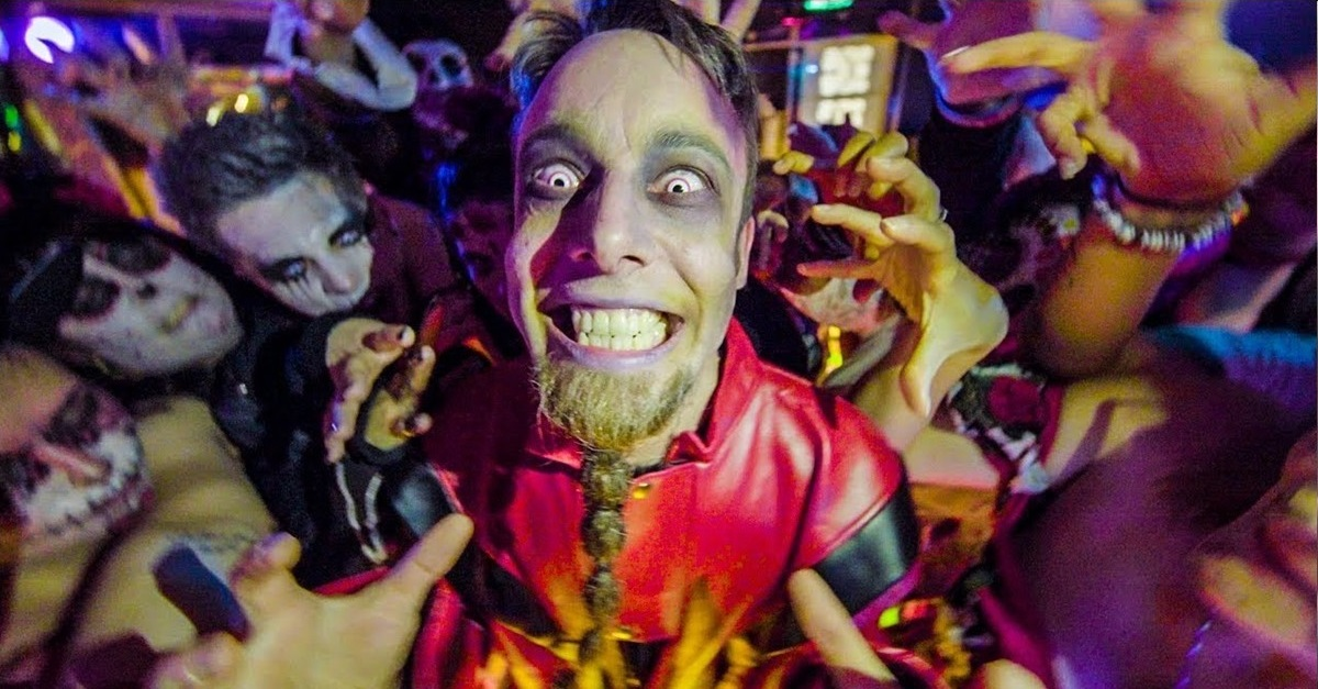 """Video for Heavy Metal Cover of Michael Jackson's """"THRILLER"""" Will Melt Your Face"""