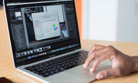 Best Buy's current flash sale includes a $400 discount on MacBook Pros