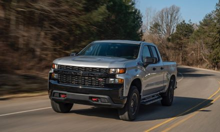 2020 Chevrolet Silverado 1500 pickup lets you see through trailers — sort of