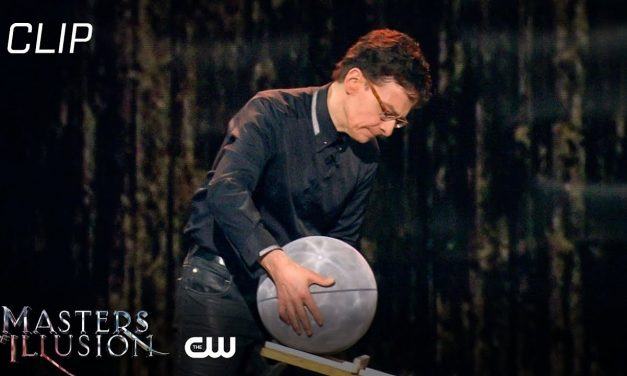 Masters of Illusion | Ultimate Mindreaders And One Big Green Bag Scene | The CW
