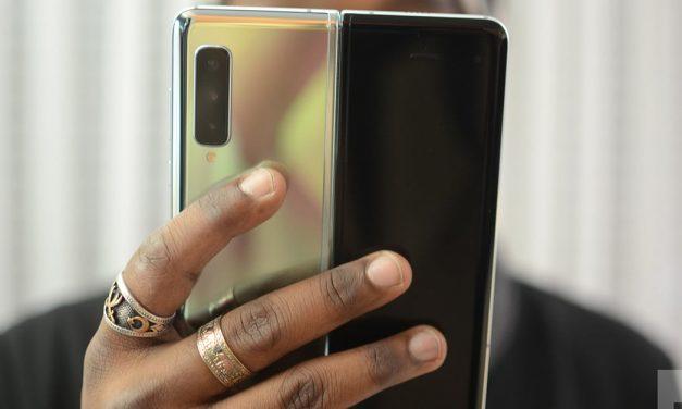 Samsung Galaxy Fold vs. Galaxy S10 Plus: Will the Plus bend to the Fold?