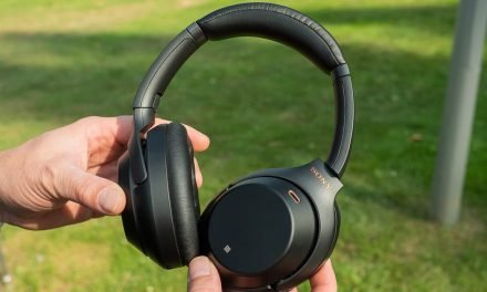 Amazon drops a great deal on Sony's best noise-canceling headphones