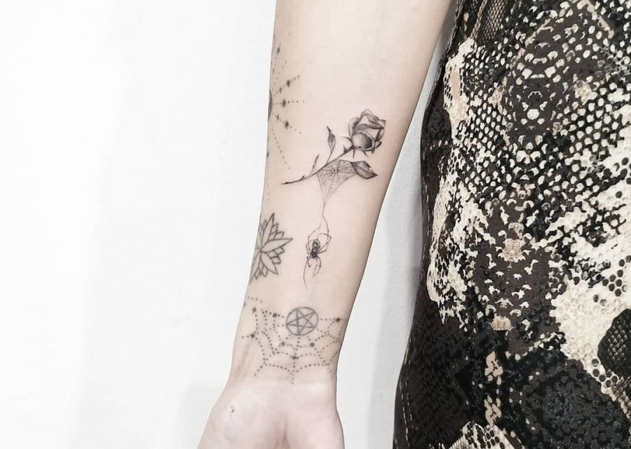 12 tiny Halloween tattoos that are way more edgy than scary