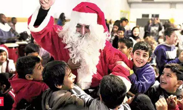 As Santa economy grows, rental companies go ho ho ho