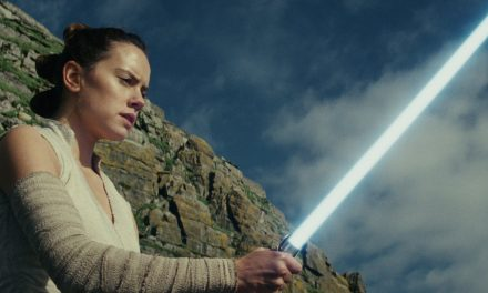 """Rise of Skywalker Writer Says Last Jedi's Answers Were """"Too Easy"""""""