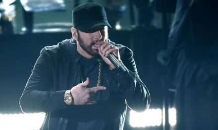 Eminem just broke through the floor at the Oscars and people are confused