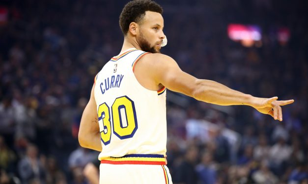 Stephen Curry reminds NBA of his unique magnetism in return for Warriors