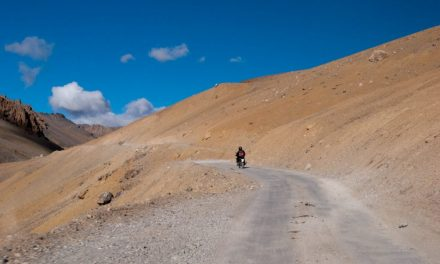 Clothes & Accessories to Carry for Manali – Leh Bike Trip