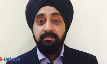 Avoid Voda even if there's a favourable AGR verdict: Chadha