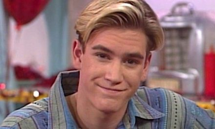 Mark-Paul Gosselaar To Finally Watch Saved By The Bell For The First Time