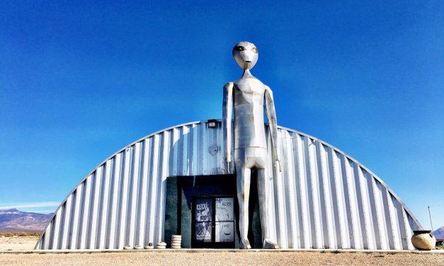 ETW #76 Weird Travel – Aliens and Atom Bombs in Nevada
