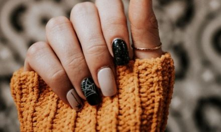 25 Halloween Nail Art Ideas That'll Make You Feel Festive