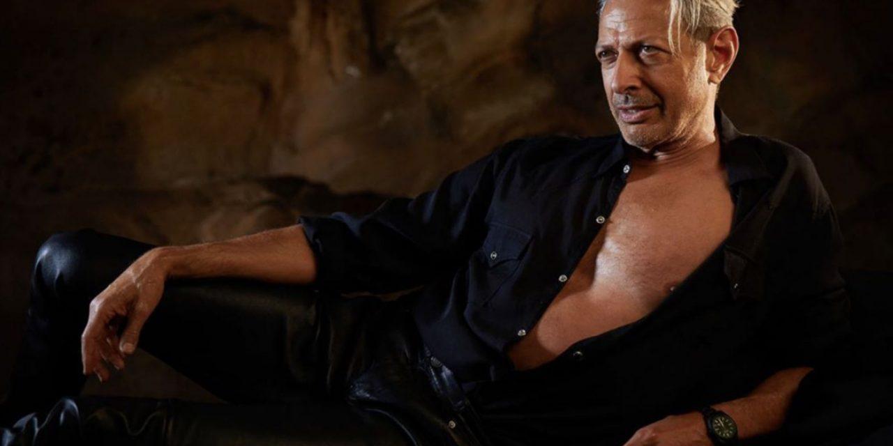 Jeff Goldblum recreates iconic 'Jurassic Park' pose in new photo