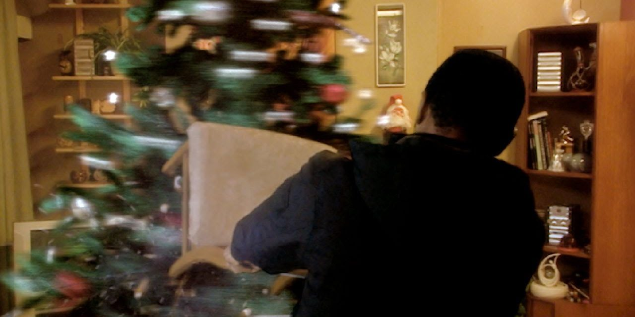Attacked by a Killer Christmas Tree! (HD) | The Christmas Invasion | Doctor Who