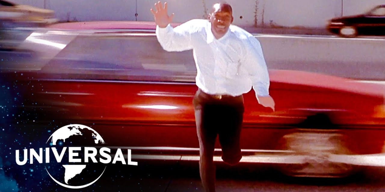 Bowfinger | Steve Martin Gets Eddie Murphy to Run Across a Freeway