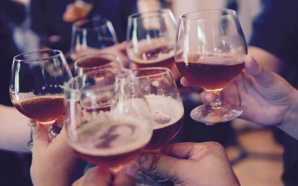 Guide to Alcohol and Laser Eye Surgery