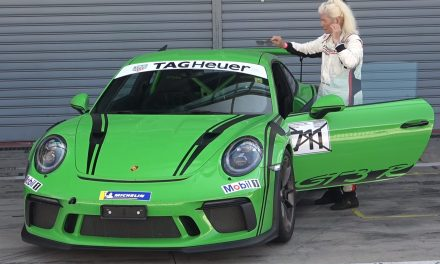 Grandma Tackles The Monza Circuit With Her Porsche 911 GT3 RS