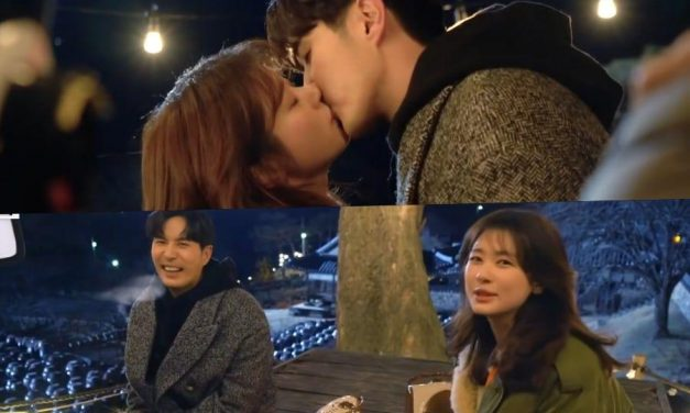 """Watch: Jung So Min And Kim Ji Suk Crack Up At The Question He Asks After Their Kiss Scene In """"Monthly Magazine Home"""""""