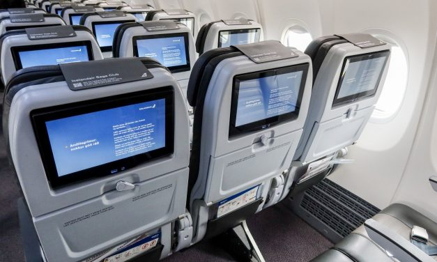 Play vs Icelandair: Comparing Iceland's newest and oldest airlines