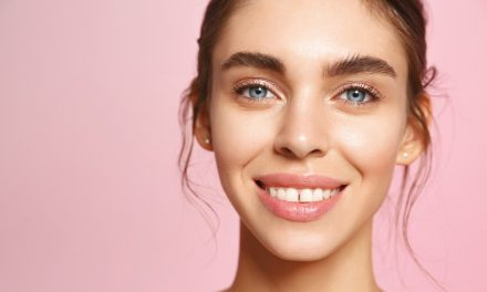 Unclog Your Pores & Say Hello to Smooth Skin with These Top-Rated Peeling Gels