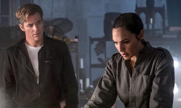 Gal Gadot Had The Best Time Ruining Takes Of Wonder Woman With Chris Pine